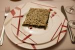 Spezialität aus  Berg-Karabach als Vorspeise: Kräuterbrot Frisch gepflückt und verarbeitet.