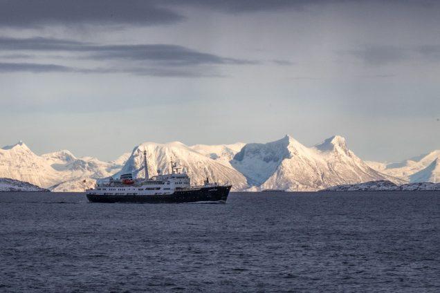 Anfahrt auf Svolvær