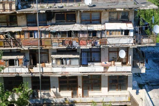 teilweise bewohnt von Flüchtlingen aus Abchasien