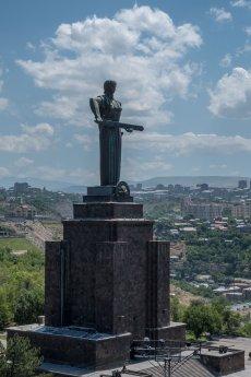 Die Mutter Armeniens wacht über die Stadt