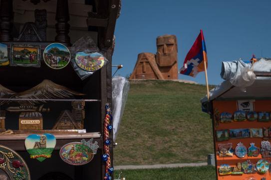 Tatik & Papik - Nationaldenkmal mit Souvenirbuden