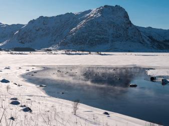 Vormittags auf dem Weg nach Henningsvær