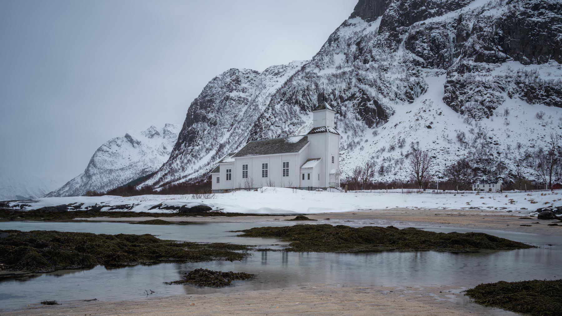 Kirche auf Gimsøy